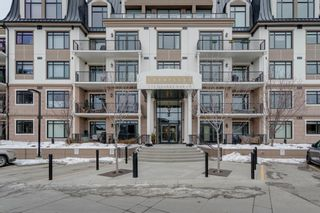Photo 1: 101 131 Quarry Way SE in Calgary: Douglasdale/Glen Apartment for sale : MLS®# A1062377