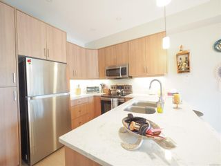Photo 4: 944 Warbler Close in : La Happy Valley Row/Townhouse for sale (Langford)  : MLS®# 874281
