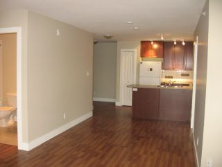 Photo 8: 404 - 256 HASTINGS AVENUE in PENTICTON: Residential Attached for sale : MLS®# 140039