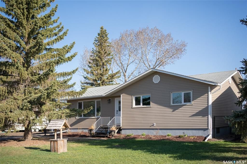 Main Photo: 218 Drake Avenue in Viscount: Residential for sale : MLS®# SK852717