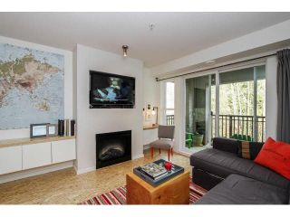 """Photo 4: 309 3050 DAYANEE SPRINGS BL Boulevard in Coquitlam: Westwood Plateau Condo for sale in """"BRIDGES"""" : MLS®# V1111304"""