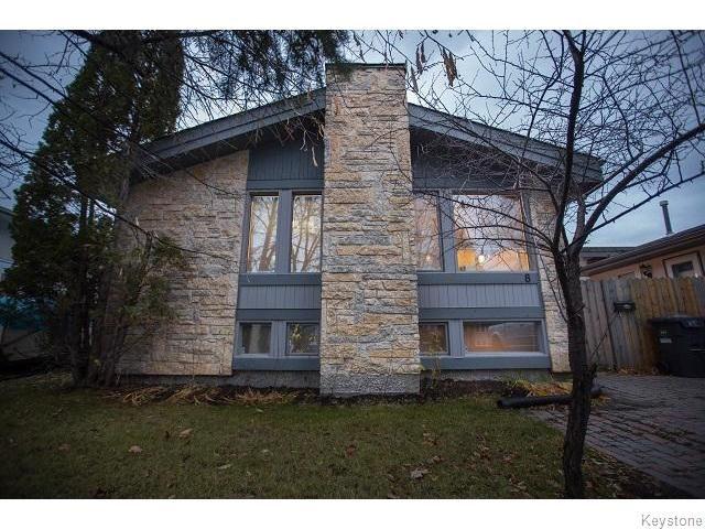 Main Photo: 8 Chokecherry Cove in WINNIPEG: St Vital Residential for sale (South East Winnipeg)  : MLS®# 1527645