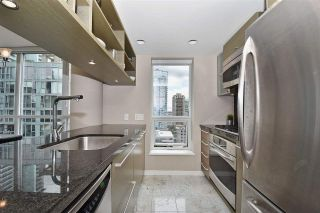 """Photo 3: 1003 833 SEYMOUR Street in Vancouver: Downtown VW Condo for sale in """"CAPITOL RESIDENCES"""" (Vancouver West)  : MLS®# R2098588"""