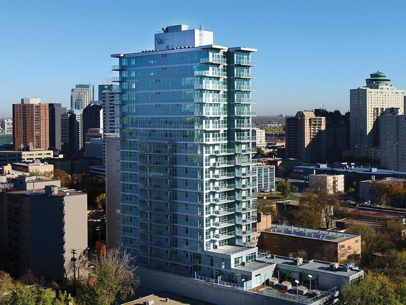 FEATURED LISTING: 1704 - 390 Assiniboine Avenue Winnipeg