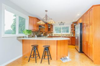 Photo 9: 3489 Aloha Ave in Colwood: Co Lagoon House for sale : MLS®# 859786