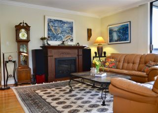 """Photo 3: 302 1685 W 14TH Avenue in Vancouver: Fairview VW Condo for sale in """"TOWN VILLA"""" (Vancouver West)  : MLS®# R2359239"""