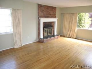 Photo 6: 9460 Maryland Dr in SIDNEY: Si Sidney South-East House for sale (Sidney)  : MLS®# 514459