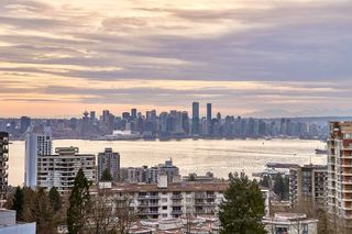 """Photo 2: 905 112 E 13TH Street in North Vancouver: Central Lonsdale Condo for sale in """"CENTREVIEW"""" : MLS®# R2566516"""