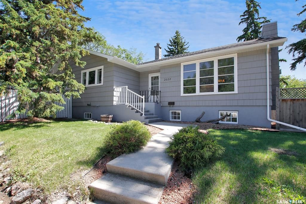 Main Photo: 2633 22nd Avenue in Regina: Lakeview RG Residential for sale : MLS®# SK859597