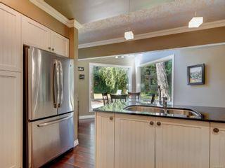 Photo 10: 4682 Lochside Dr in : SE Broadmead House for sale (Saanich East)  : MLS®# 882866