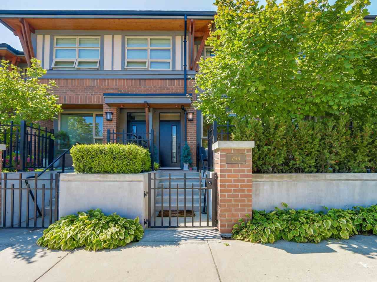 Main Photo: 764 E 29TH AVENUE in Vancouver: Fraser VE Townhouse for sale (Vancouver East)  : MLS®# R2142203