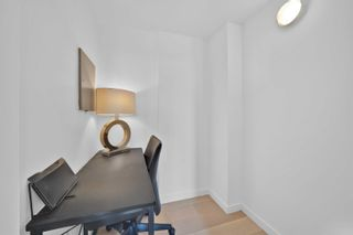 Photo 5: 2105 610 GRANVILLE Street in Vancouver: Downtown VW Condo for sale (Vancouver West)  : MLS®# R2619207