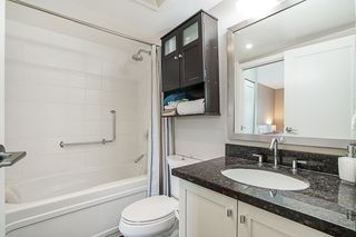 """Photo 16: 808 1 RENAISSANCE Square in New Westminster: Quay Condo for sale in """"THE 'Q'"""" : MLS®# R2521364"""