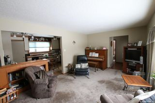 Photo 9: 327 13th Avenue Northeast in Swift Current: North East Residential for sale : MLS®# SK758505