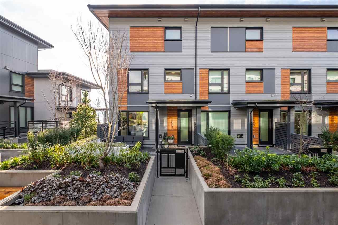 """Main Photo: TH49 528 E 2ND Street in North Vancouver: Lower Lonsdale Townhouse for sale in """"Founder Block South"""" : MLS®# R2543629"""