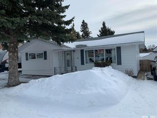 Photo 2: 83 Roderick Avenue in Southey: Residential for sale : MLS®# SK856893