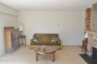 """Photo 14: 106 134 W 20TH Street in North Vancouver: Central Lonsdale Condo for sale in """"CHEZ MOI"""" : MLS®# R2507152"""