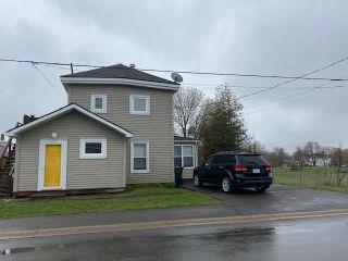 Photo 2: 25 Willow Street in Amherst: 101-Amherst,Brookdale,Warren Multi-Family for sale (Northern Region)  : MLS®# 202111054