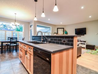 Photo 8: 369 SERENITY DRIVE in CAMPBELL RIVER: CR Campbell River West House for sale (Campbell River)  : MLS®# 772973
