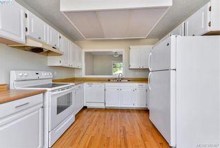 Photo 3: 23 7925 Simpson Rd in SAANICHTON: CS Saanichton Row/Townhouse for sale (Central Saanich)  : MLS®# 768447