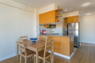 """Photo 7: 2008 1189 HOWE Street in Vancouver: Downtown VW Condo for sale in """"GENESIS"""" (Vancouver West)  : MLS®# R2459398"""