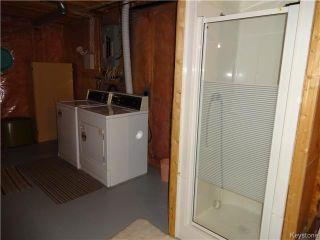 Photo 10: 236 Kimberly Avenue in Winnipeg: East Kildonan Residential for sale (North East Winnipeg)  : MLS®# 1611592