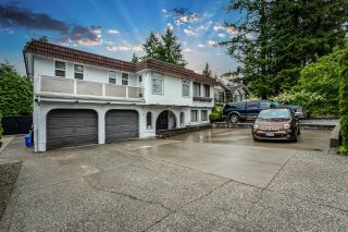 Photo 2: 654 ROBINSON Street in Coquitlam: Coquitlam West House for sale : MLS®# R2611834