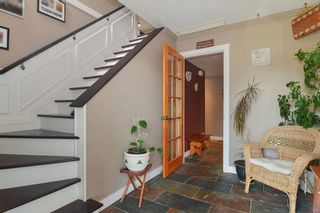Photo 2: 27179 28A Avenue in Langley: Aldergrove Langley House for sale : MLS®# R2280410