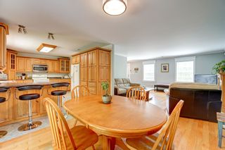 Photo 8: 3229 Saint Margarets Bay Road in Timberlea: 40-Timberlea, Prospect, St. Margaret`S Bay Residential for sale (Halifax-Dartmouth)  : MLS®# 202114618