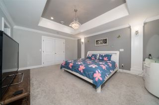 Photo 28: 6078 181A Street in Surrey: Cloverdale BC House for sale (Cloverdale)  : MLS®# R2492359