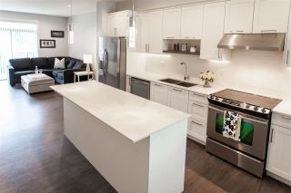 """Photo 3: 7 1708 KING GEORGE Boulevard in Surrey: King George Corridor Townhouse for sale in """"GEORGE"""" (South Surrey White Rock)  : MLS®# R2559848"""