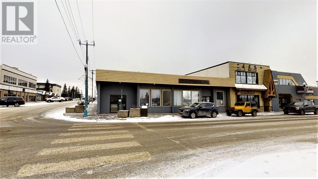 Main Photo: 121 JASPER STREET in Hinton: Office for lease : MLS®# AWI51785