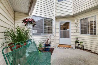 """Photo 18: 12 6140 192 Street in Surrey: Cloverdale BC Townhouse for sale in """"ESTATES AT MANOR RIDGE"""" (Cloverdale)  : MLS®# R2473669"""