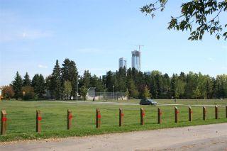 Photo 3: 11131 110A Avenue in Edmonton: Zone 08 House for sale : MLS®# E4236964