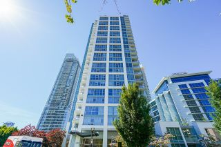 """Photo 2: 201 4400 BUCHANAN Street in Burnaby: Brentwood Park Condo for sale in """"MOTIF & CITI"""" (Burnaby North)  : MLS®# R2596915"""