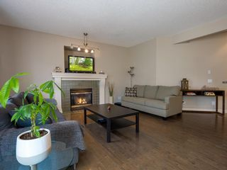 Photo 4: 27 Cougar Plateau Way SW in Calgary: Cougar Ridge Detached for sale : MLS®# A1113604