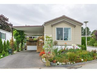 """Photo 2: 38 15875 20 Avenue in Surrey: King George Corridor Manufactured Home for sale in """"Sea Ridge Bays"""" (South Surrey White Rock)  : MLS®# R2616813"""