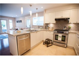 Photo 5: 617 THURSTON TE in Port Moody: North Shore Pt Moody House for sale : MLS®# V1116599
