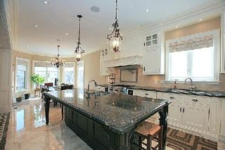 Photo 8: 111A Naughton Drive in Richmond Hill: Westbrook House (Bungaloft) for sale : MLS®# N2892654
