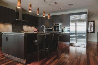 Photo 7: 301 11930 100 Avenue in Edmonton: Zone 12 Condo for sale : MLS®# E4238902