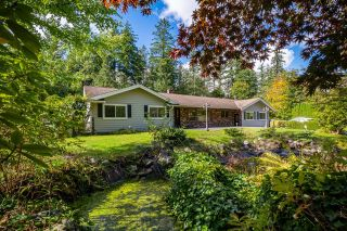 Photo 3: 2243 174 Street in Surrey: Pacific Douglas House for sale (South Surrey White Rock)  : MLS®# R2624074