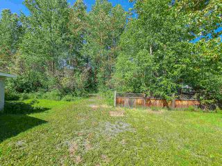 """Photo 5: 2604 MINOTTI Drive in Prince George: Hart Highway Manufactured Home for sale in """"HART HIGHWAY"""" (PG City North (Zone 73))  : MLS®# R2589076"""