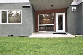 Photo 16: 105 69 SPRINGBOROUGH Court SW in Calgary: Springbank Hill Apartment for sale : MLS®# C4305544