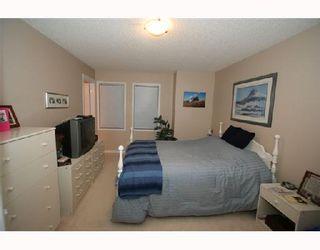 Photo 9: 2034 NEW BRIGHTON Gardens SE in CALGARY: New Brighton Residential Detached Single Family for sale (Calgary)  : MLS®# C3311397
