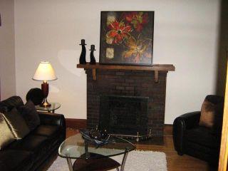 Photo 3: 217 MONTROSE Street in Winnipeg: Residential for sale : MLS®# 1111926