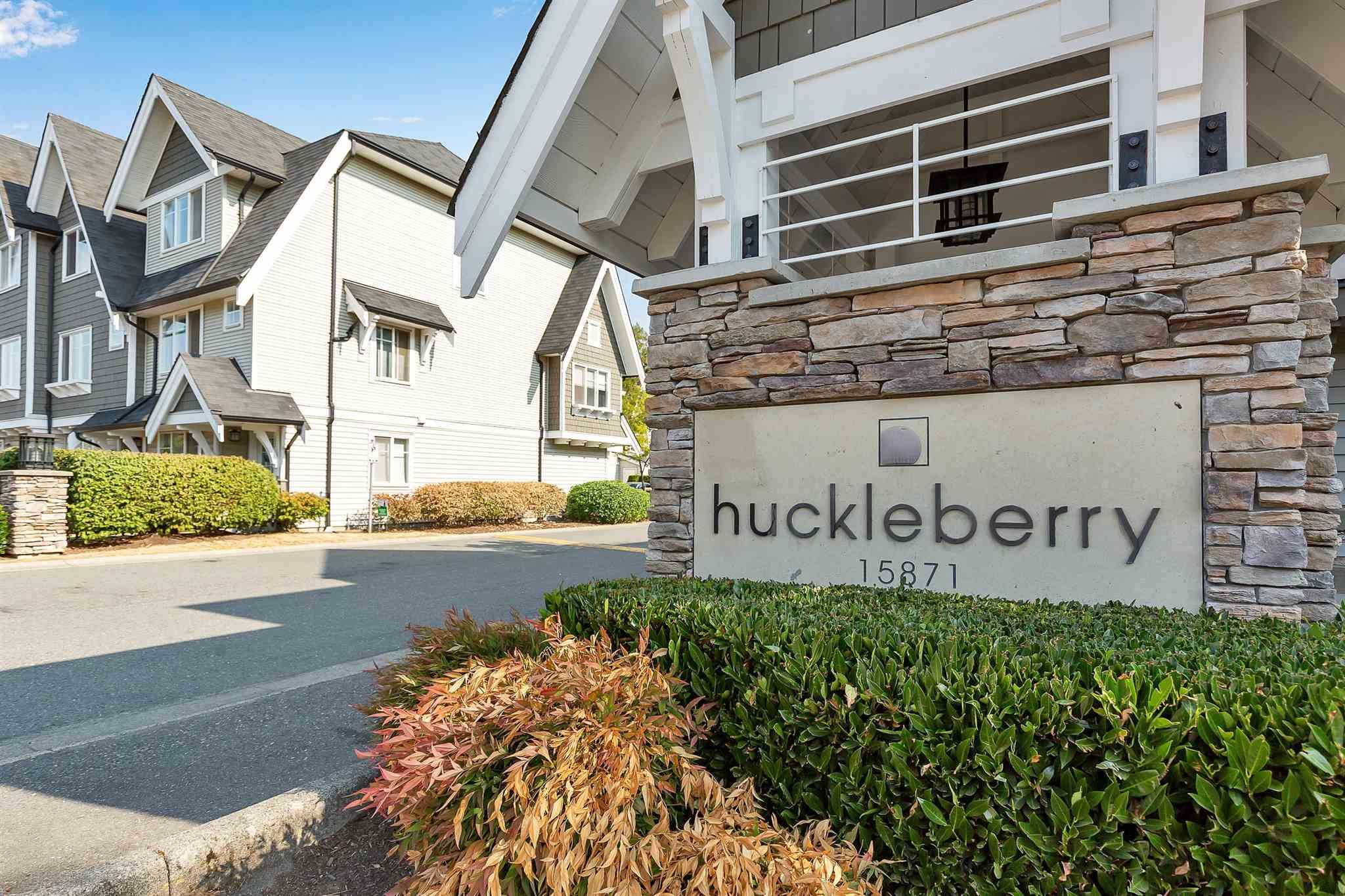 """Photo 33: Photos: 9 15871 85 Avenue in Surrey: Fleetwood Tynehead Townhouse for sale in """"Huckleberry"""" : MLS®# R2606668"""