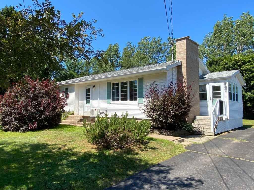 Main Photo: 1135 Aalders Avenue in New Minas: 404-Kings County Residential for sale (Annapolis Valley)  : MLS®# 202015183