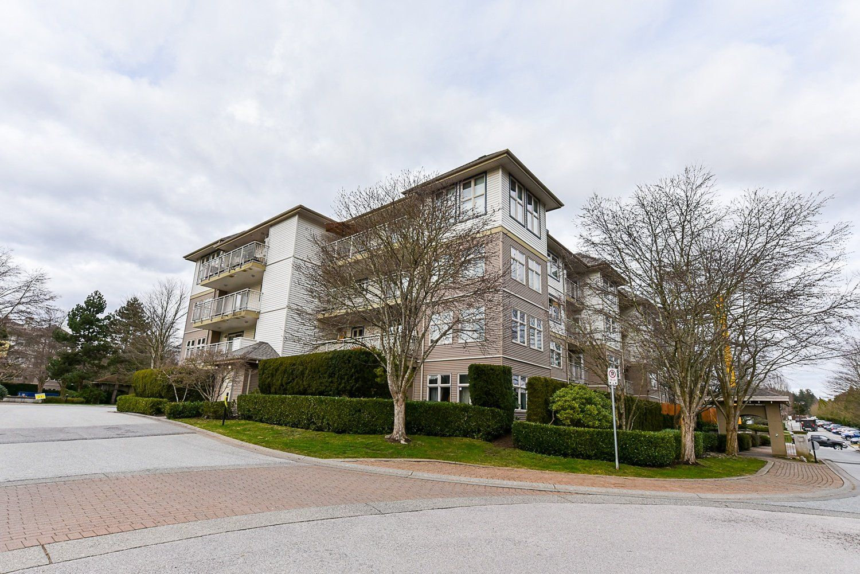 "Main Photo: 407 15210 GUILDFORD Drive in Surrey: Guildford Condo for sale in ""Boulevard Club"" (North Surrey)  : MLS®# R2534954"