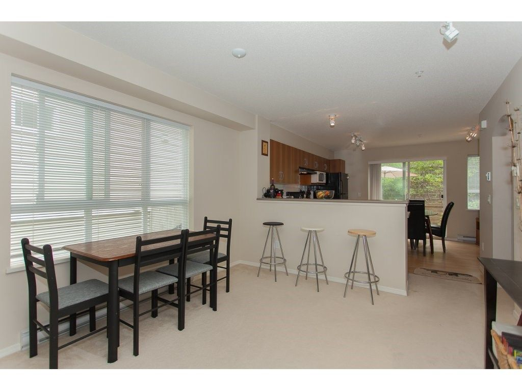 Photo 6: Photos: 48 6747 203 Street in Langley: Willoughby Heights Townhouse for sale : MLS®# R2202915