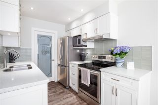 Photo 9: 210 345 W 10TH AVENUE in Vancouver: Mount Pleasant VW Condo for sale (Vancouver West)  : MLS®# R2418425